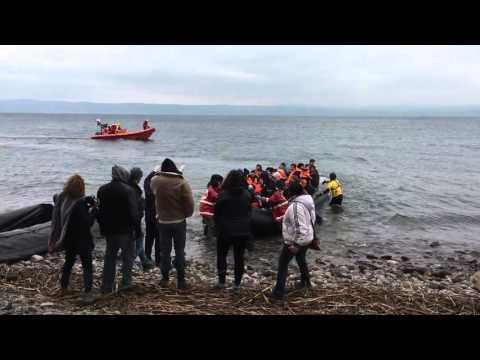 Flüchtlingsboote erreichen die Nordküste von Lesbos - Blog