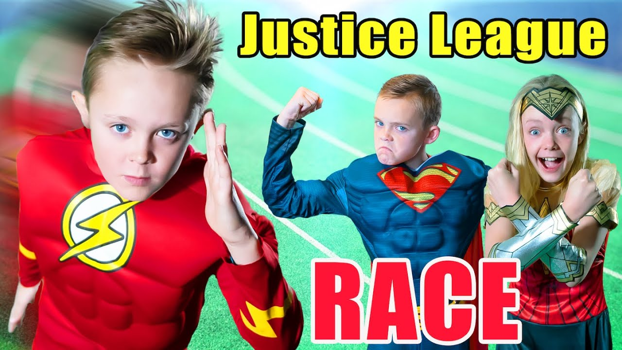 Justice League SuperHero Race! The Flash, Superman and Wonder Woman Race!