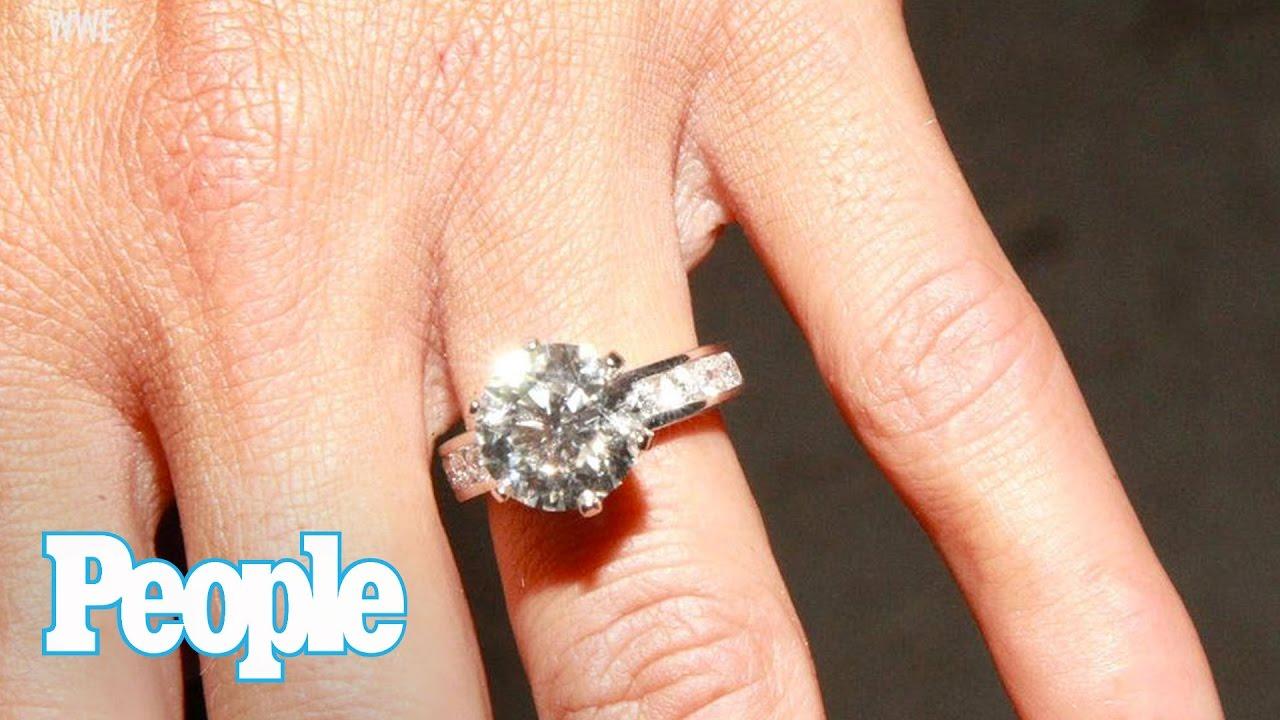 Wwe Nikki Bella Dishes On Her 4 5 Carat Engagement Ring