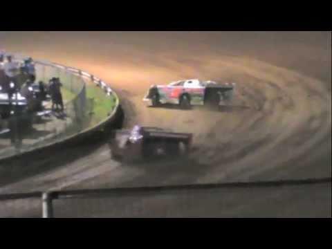 Late Model Race  6-4-11 Dublin Motor Speedway