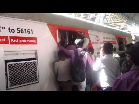 India Train gets pretty crowded in Bombay - Someone call a Cab