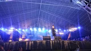 "Merinding Suara Vicky Salamor ""Karna Su Sayang"" Takawa Pasarwajo Buton Baubau"