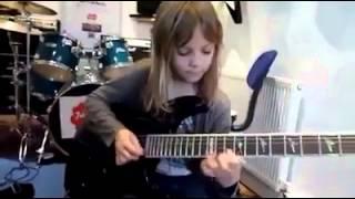 Budak Kecik Main Gitar