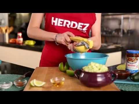 How to Make Paleta de Pepino con Chile