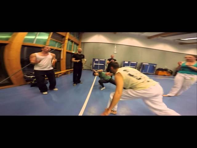 Escola de Capoeira uniao (monplaisir Professor Portuga)