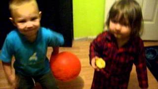funny babies dancing