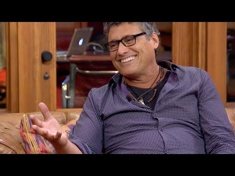 Steven Bauer (Manny, 'Scarface') Was Ashamed Following Movie's Release