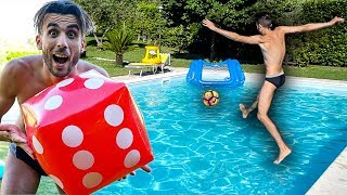 ⚽🏊‍♂️ DADO FOOTBALL CHALLENGE in PISCINA!