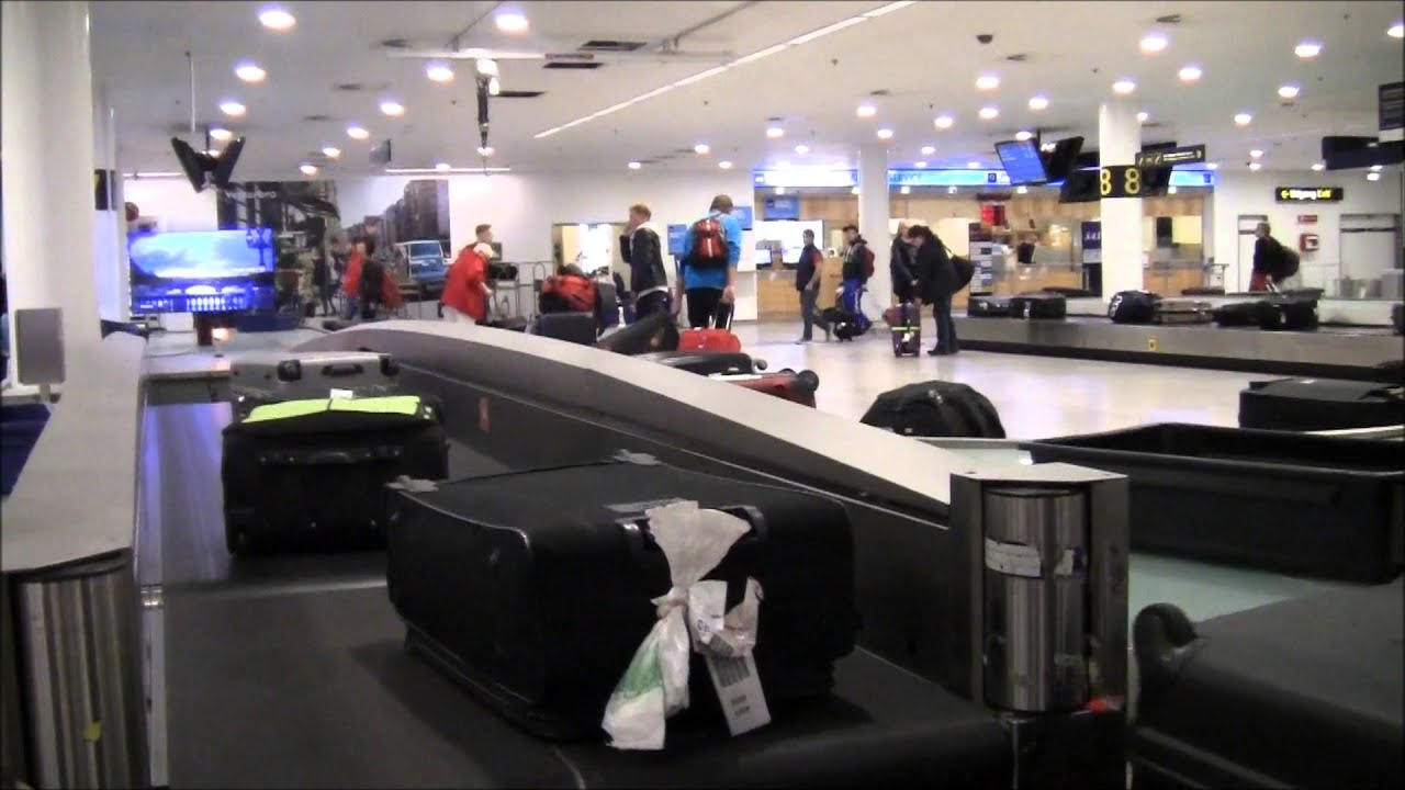 baggage claim footage in copenhagen airport 2015 youtube