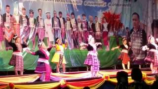 Hmong Thai New Year 2016 Old Lady's performing pt3