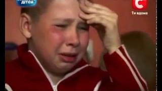 Ukrainian Kid Addicted To Roblox