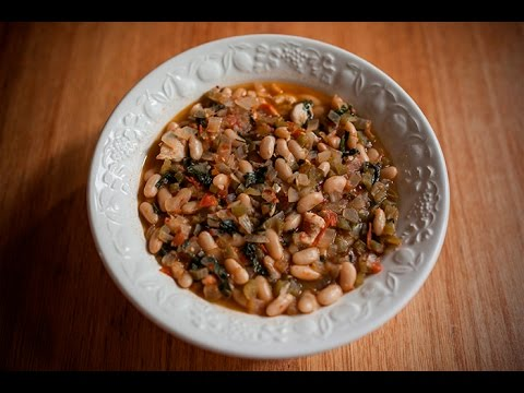 Kuru Fasulye Turkish White Beans with Chicken Middle Eastern Recipe