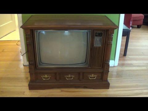 My 1983 Zenith Color Tv Youtube