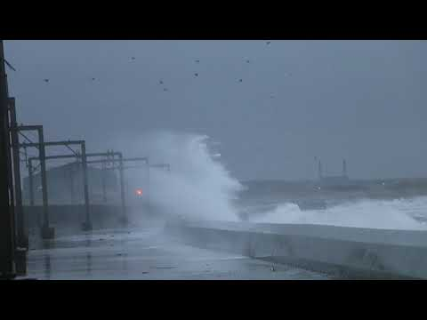 Saltcoats 6-12-17 storm caroline is coming