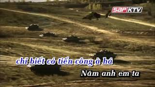KARAOKE Năm Anh Em Trên Một Chiếc Xe Tăng Remix Quang Hà YouTube