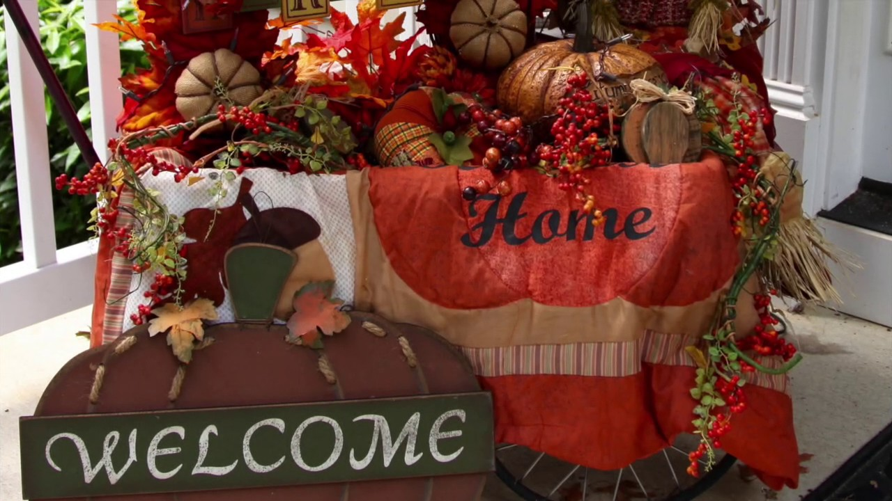 Fall Little Red Wagon And Other Outdoor Decorations Youtube
