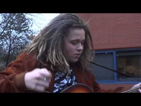 Luke Friend - FourFiveSeconds (Rhianna cover)  - Fareham Busk - 9/3/15