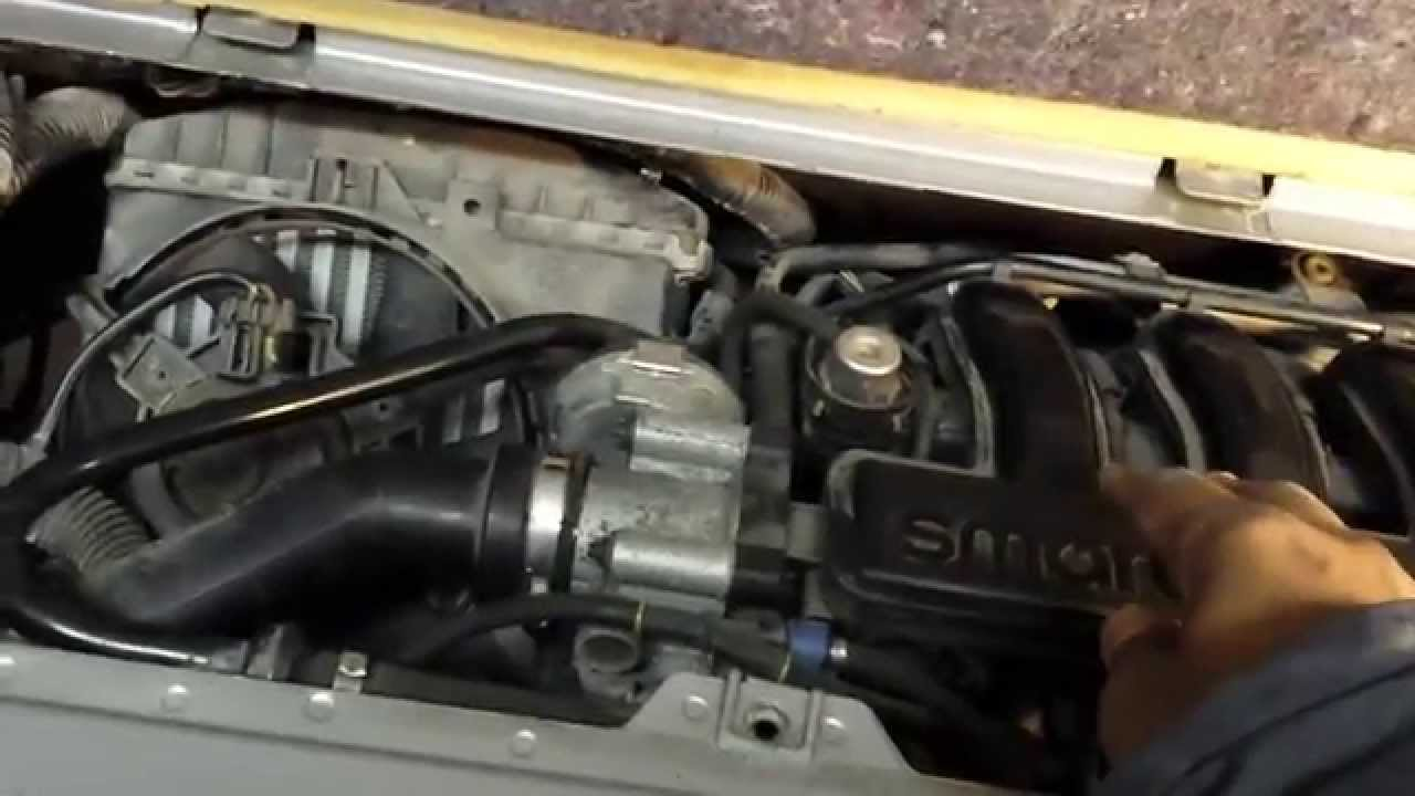 Smart Fortwo 450 Starter motor replacement and lowering the Engine Part 1  YouTube