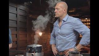 Шеф ресторана Фаренгейт готовит брокколи с соусом дзадзики и мальтодекстрином с анчоусами!