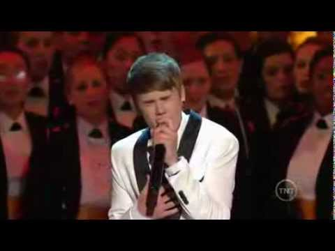 Justin Bieber singing Christmas songs in Washington 2011 (perfoming for Obama!).mp4