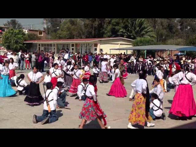 LA RIELERA (BAILABLE) Videos De Viajes