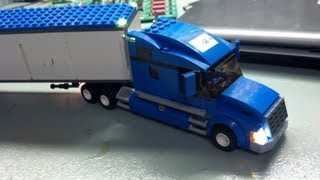 LEGO City #7848 Toys R'Us Truck with LEDS and IR Remote