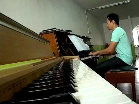 ST12 SAAT TERAKHIR ON PIANO.MP4