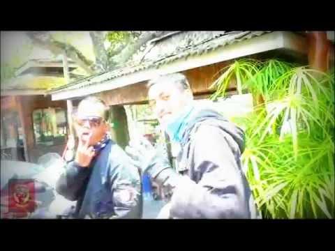 Scooter Bandits ride Vespa Jakarta-Bandung