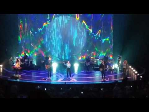 Shadow Step/Oceans/The Stand - Hillsong United 6-9-17