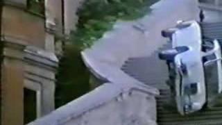 Scena della scalinata di Trinità dei Monti-Poliziotto Sprint