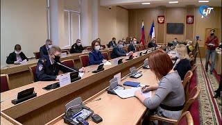 В Великом Новгороде рестораны и кафе будут работать до 23:00
