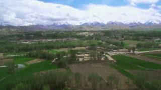 バーミヤン石仏からの風景
