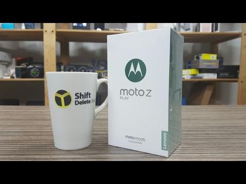 Moto Z Play kutusundan çıkıyor