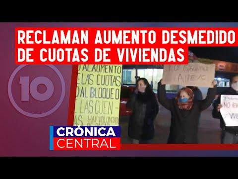 Móvil en vivo: reclaman por el aumento desmedido de las cuotas de sus viviendas