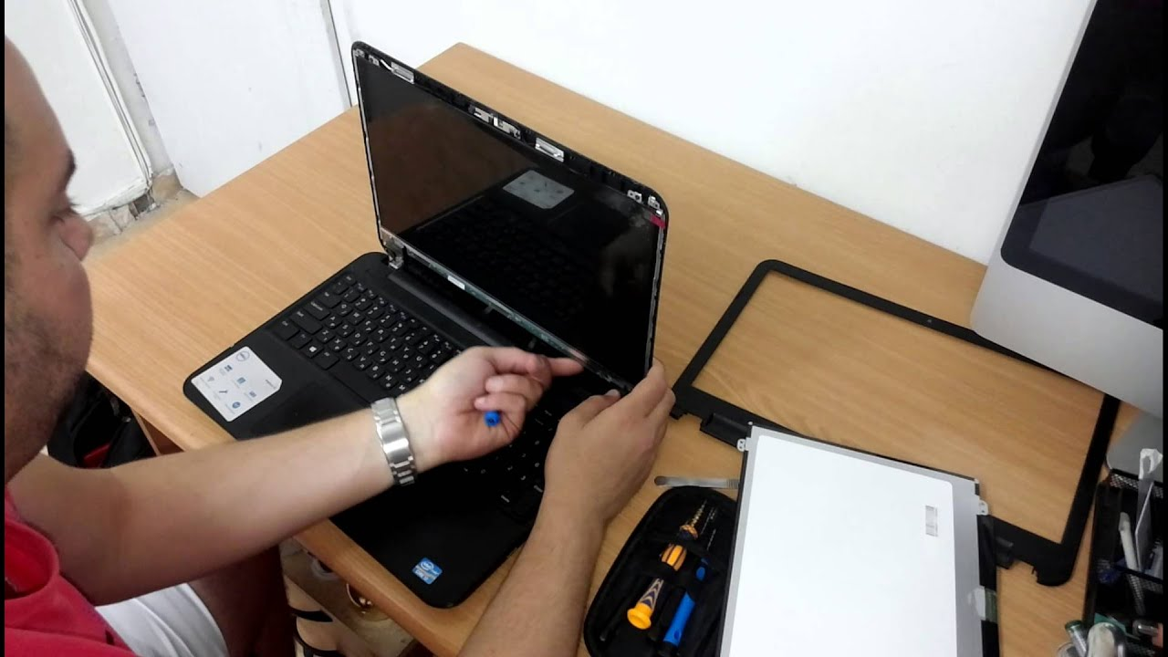 החלפת מסך למחשב נייד | תיקון מחשב נייד בירושלים | Laptop Screen Replacement