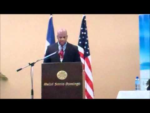 Richard Wade presents at Clean Energy Business Forum 2011 in Santo Domingo, D.R. (Part 1)