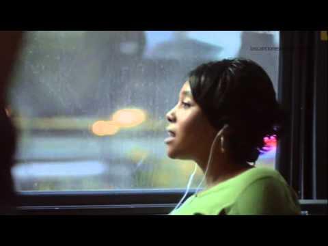 Anuncio Spot iPhone 5: Cada día más gente disfruta de su música - Vodafone - Junio 2013