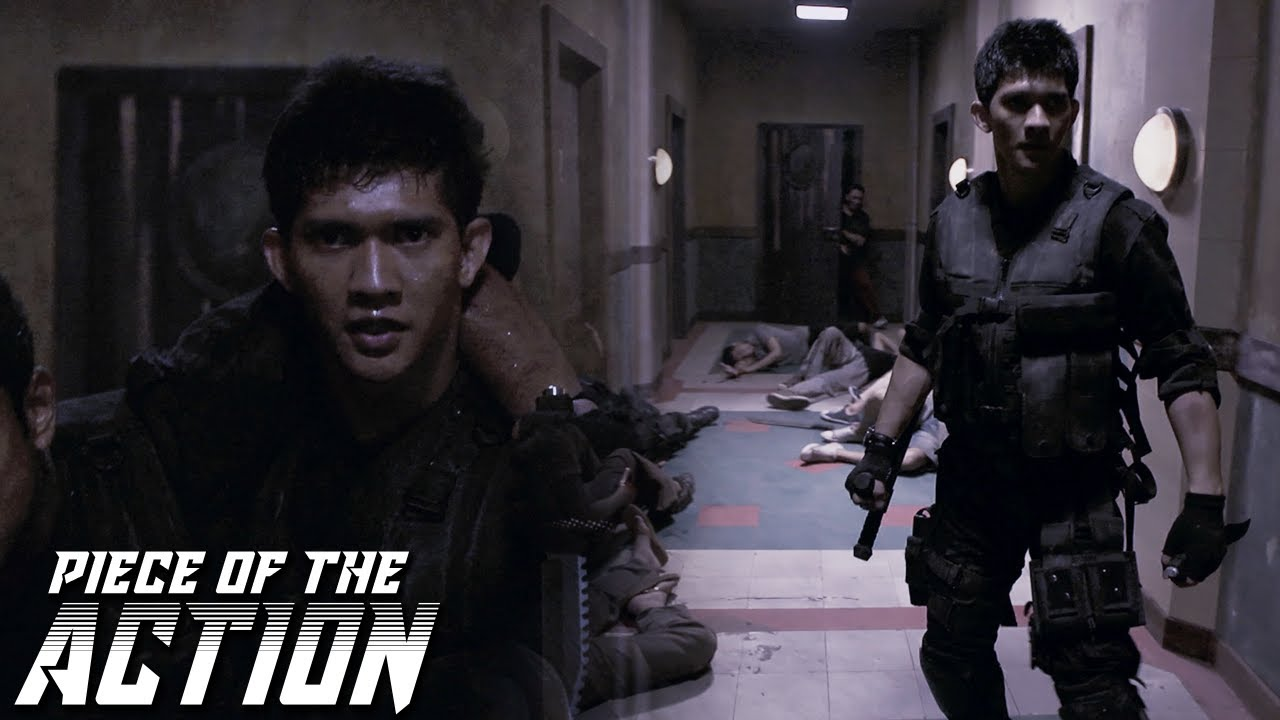Download Rama Fights Off Men On His Way To Room #726 | The Raid: Redemption