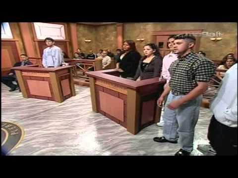 La Corte del Pueblo  Hierba Santa