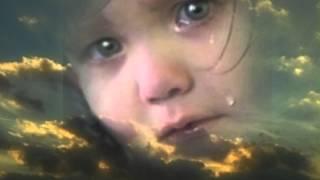 Не бросай меня , мама...(Еще очень трогательное видео https://www.youtube.com/watch?v=X6fk4coVCOo, которое не оставит вас равнодушными ..., 2013-01-17T21:01:04.000Z)
