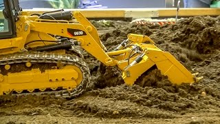 RC crawler loader by ScaleArt! Amazing construction site model!
