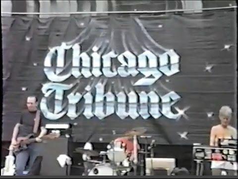 The Morells - Live outside the Chicago Tribune (August 1982)
