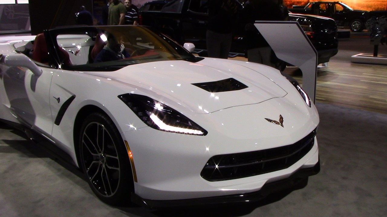 2017 Chevrolet Corvette Stingray Convertible Close Walkthrough Detroit Autoshow