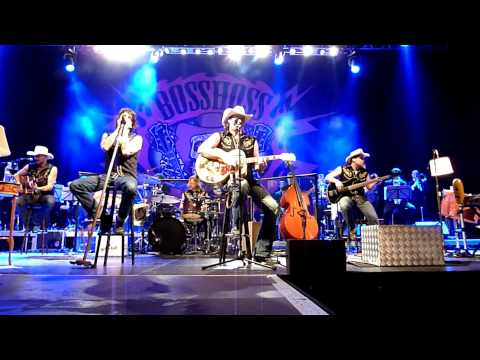 "The BossHoss mit ""Rodeo Radio"" Berlin 2010"