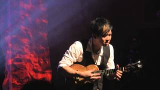 Jake Shimabukuro - While My Guitar Gently Weeps. 2013/12/21.