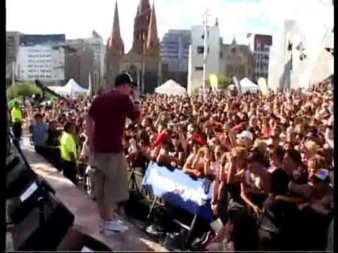 28 Days - Sucker (Live in Melbourne)
