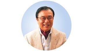 Д-р Хироми Шиния показва чистото и замърсено дебело черво