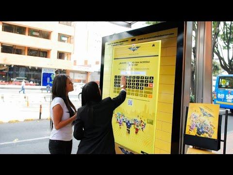 LEGO Batman Movie - Custom your minifigures at Bogotá bus shelter   JCDecaux Colombia