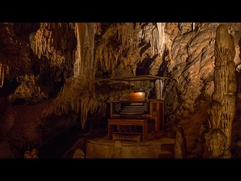 Organ Piano Playing in Luray Caverns (Caves), Virginia | JER JOHNS