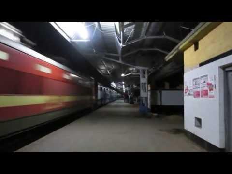 Offlink With Supercrawler!! Brand New ET WAP-4 led Janata Express Blasts Through Konnagar